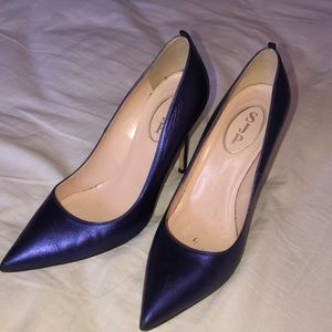 SJP purple/blue fawn metallic heels